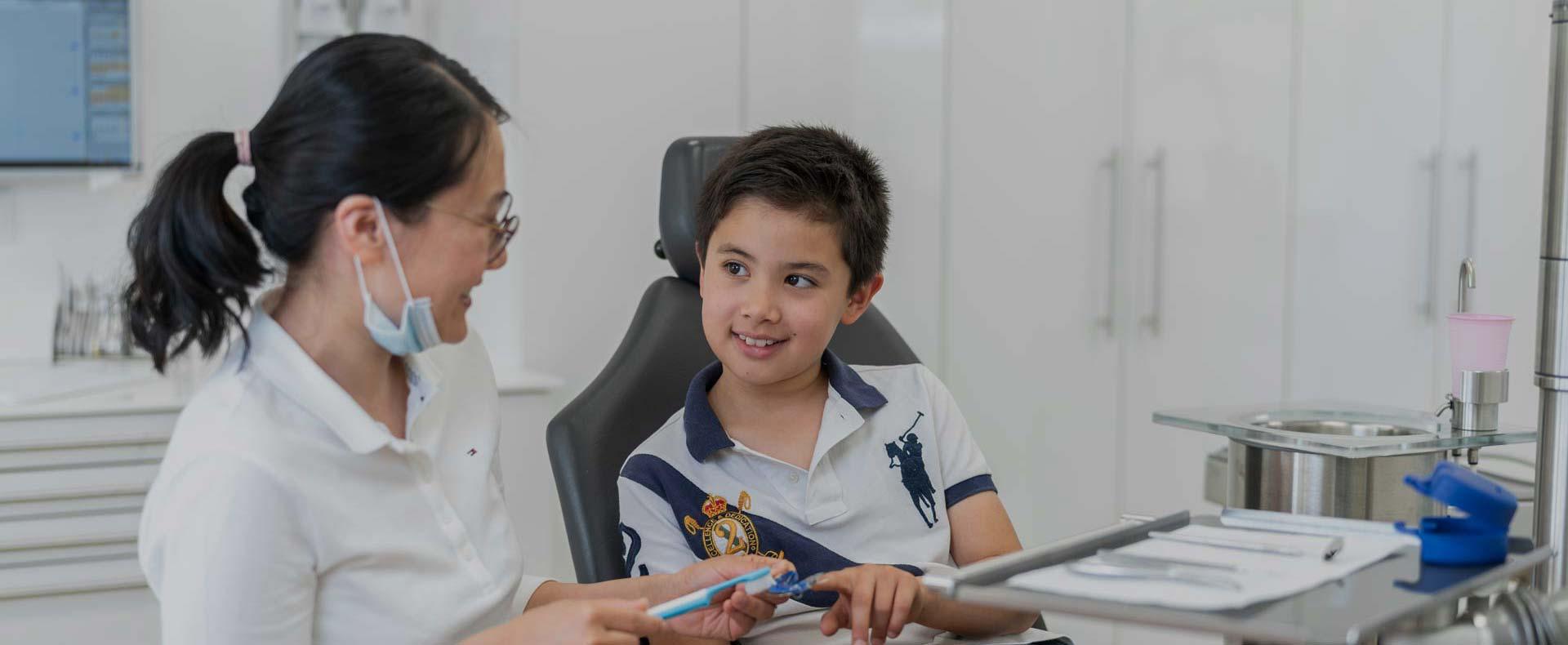 Fotografie Zahnspangen lose Kinder